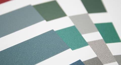 Новые цвета гаражных секционных ворот Alutech - фото - новость от компании ВСВ-Групп