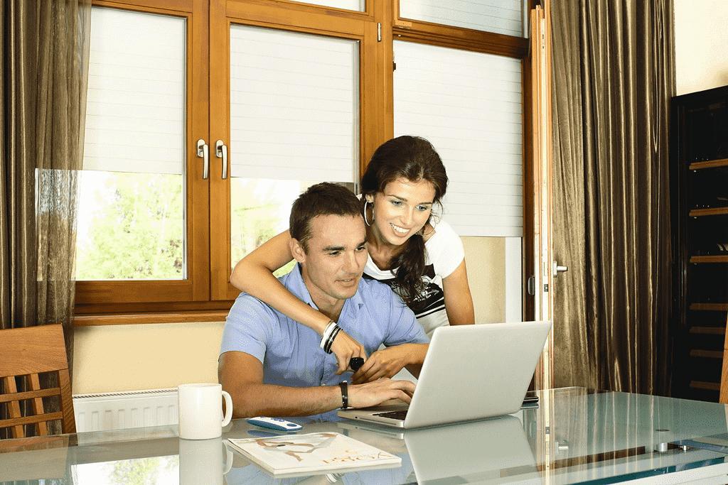 Жалюзи, рулонные шторы или ролеты: борьба за место в вашем доме - фото - акции от компании ВСВ-Групп