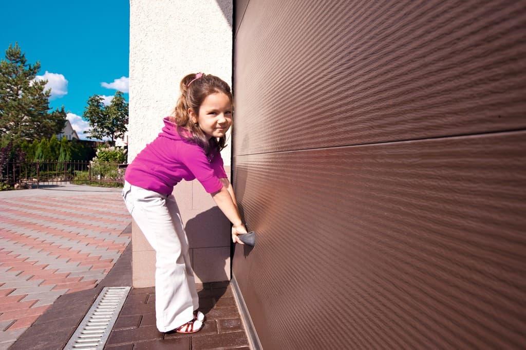 Секционные ворота Ryterna, Doorhan, Hormann, Alutech: взгляд профессионала - фото - статья на блоге компании ВСВ-Групп