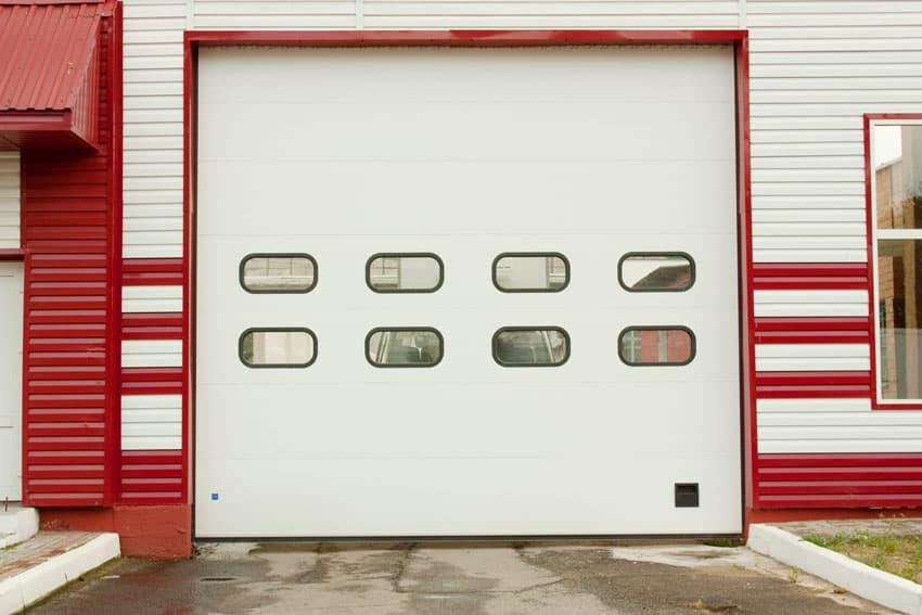 Сколько стоят качественные промышленные секционные ворота? - фото - акции от компании ВСВ-Групп