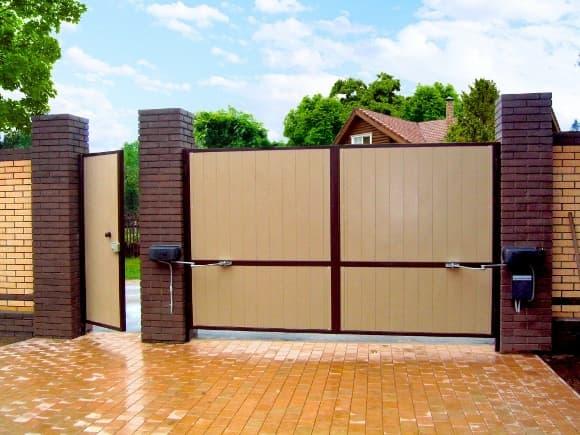 Распашные ворота: что нужно знать об их конструкции покупателям - фото - акции от компании ВСВ-Групп