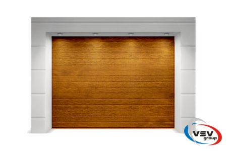 Секционные ворота Алютех Тренд 2500х2250 S-гофр золотой дуб - фото - продукция компании ВСВ-Групп