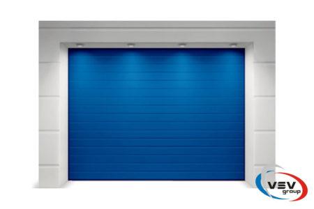 Подъемные секционные ворота для гаража Alutech Classic 2250х2125 мм S-гофр в синем цвете - фото - продукция компании ВСВ-Групп
