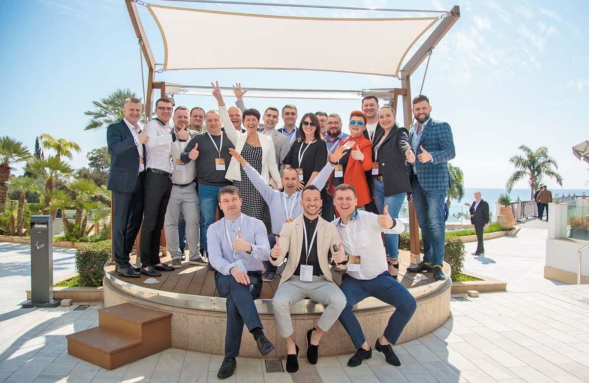 """Зустріч партнерів """"Алютех"""": співпраця, освітлена сонцем Кіпру - фото - новость от компании ВСВ-Групп"""