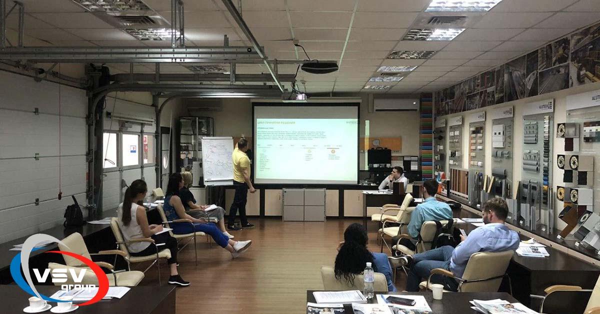 Клієнтам – тільки найкраще!: участь співробітників компанії в навчальному тренінгу «Алютех» - фото - новина від компанії ВСВ-Групп